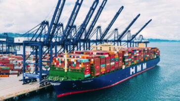 Китайските пристанища са претоварени и това може да доведе до нов дефицит на електроника