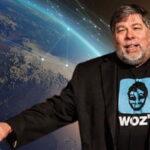 Стив Возняк инвестира в космическа компания
